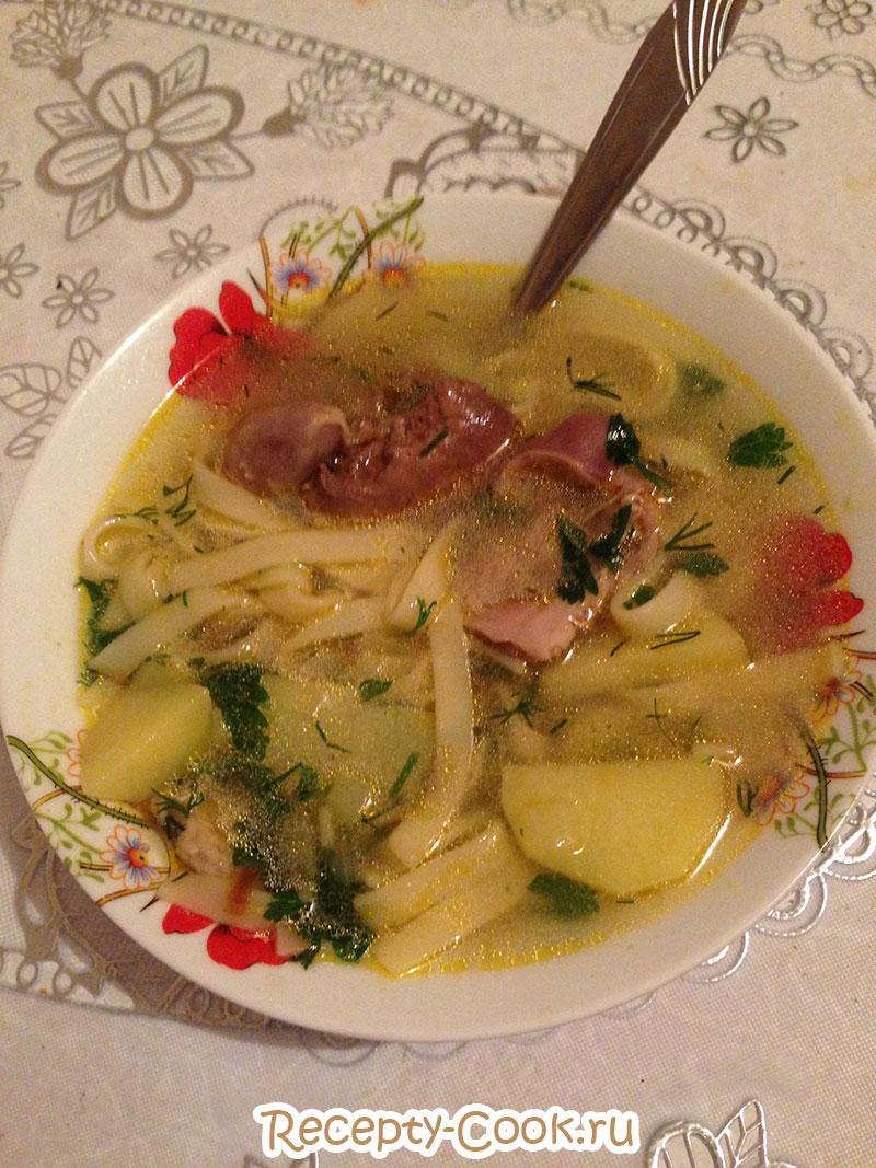Суп-лапша из куриных потрошков