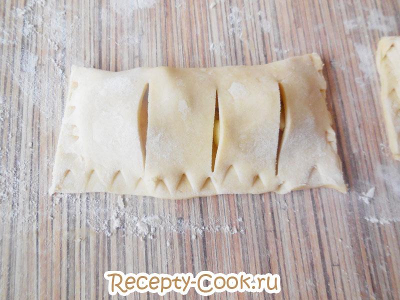 слойки с яблоками рецепт с фото