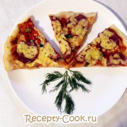 Классическая пицца с колбасой