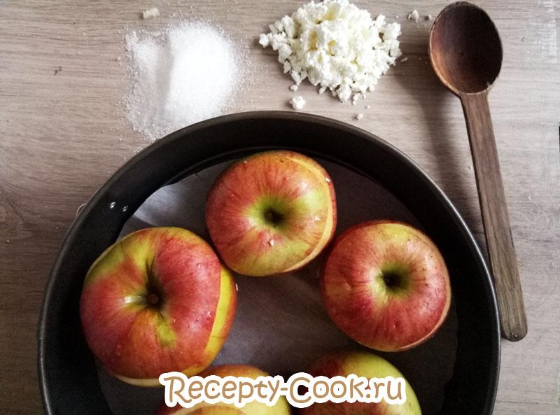 печеные яблоки с творогом фото
