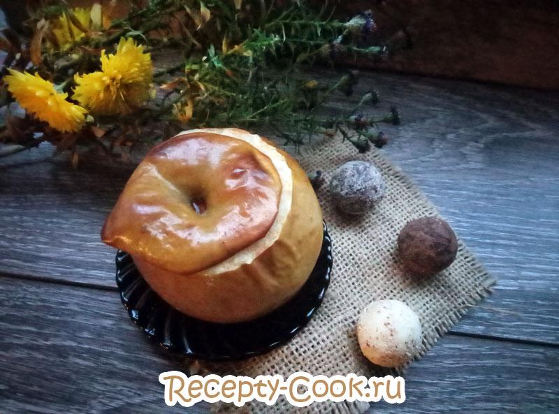 печеные яблоки с творогом рецепт с фото