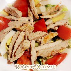 Салат с курицей «Наслаждение»