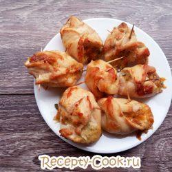 «Мешочки» из курицы с сыром в духовке