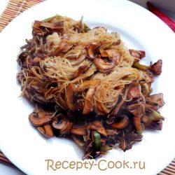 Лапша-вок с курицей и овощами
