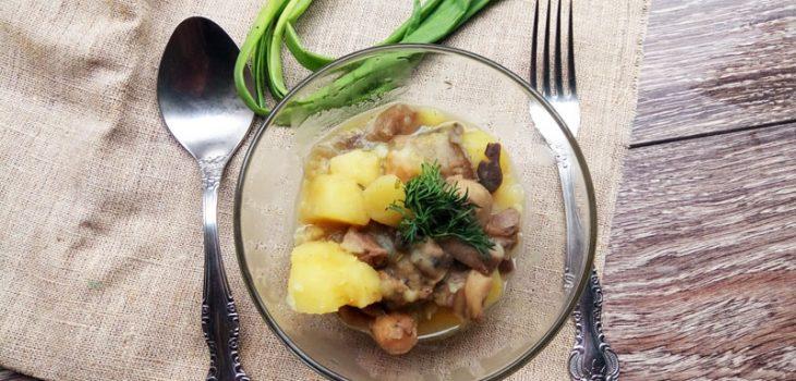 Жаркое с картошкой, мясом и грибами
