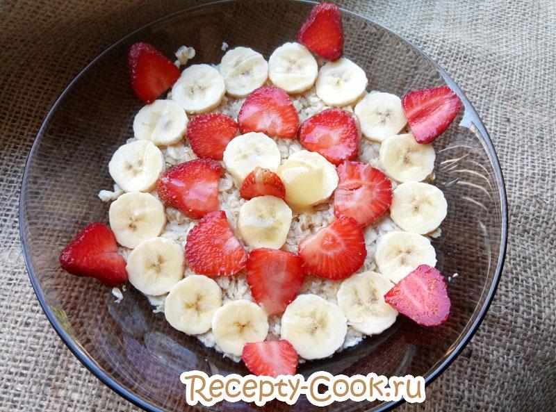 ленивая овсянка с фруктами